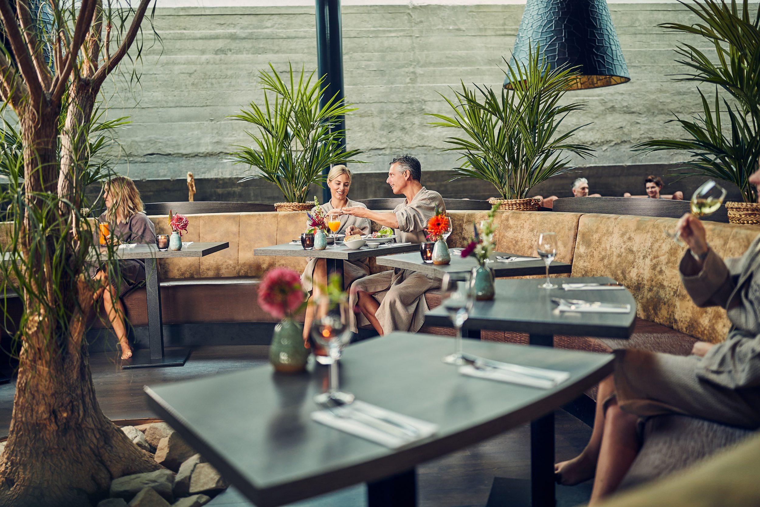 In het wellness restaurant worden heerlijke gerechten, smoothies & sapjes geserveerd.