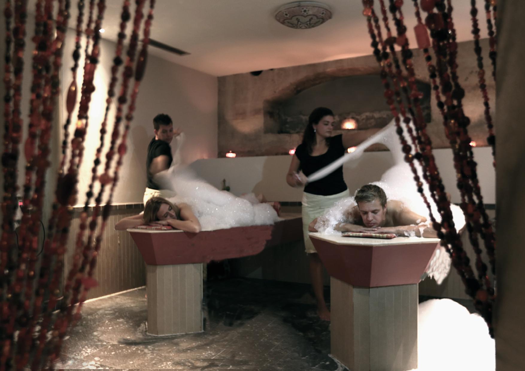 In de luxe spa van Fort Resort Beemster is een duo hammam ruimten, zodat de gasten tegelijk van dit fijne ritueel kunnen genieten.