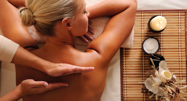 De Warmte massage is nieuw bij Fort Resort Beemster. Deze massage richt zich op warmte. Er wordt o.a. gewerkt met hete stenen en olie van een warme kaars.