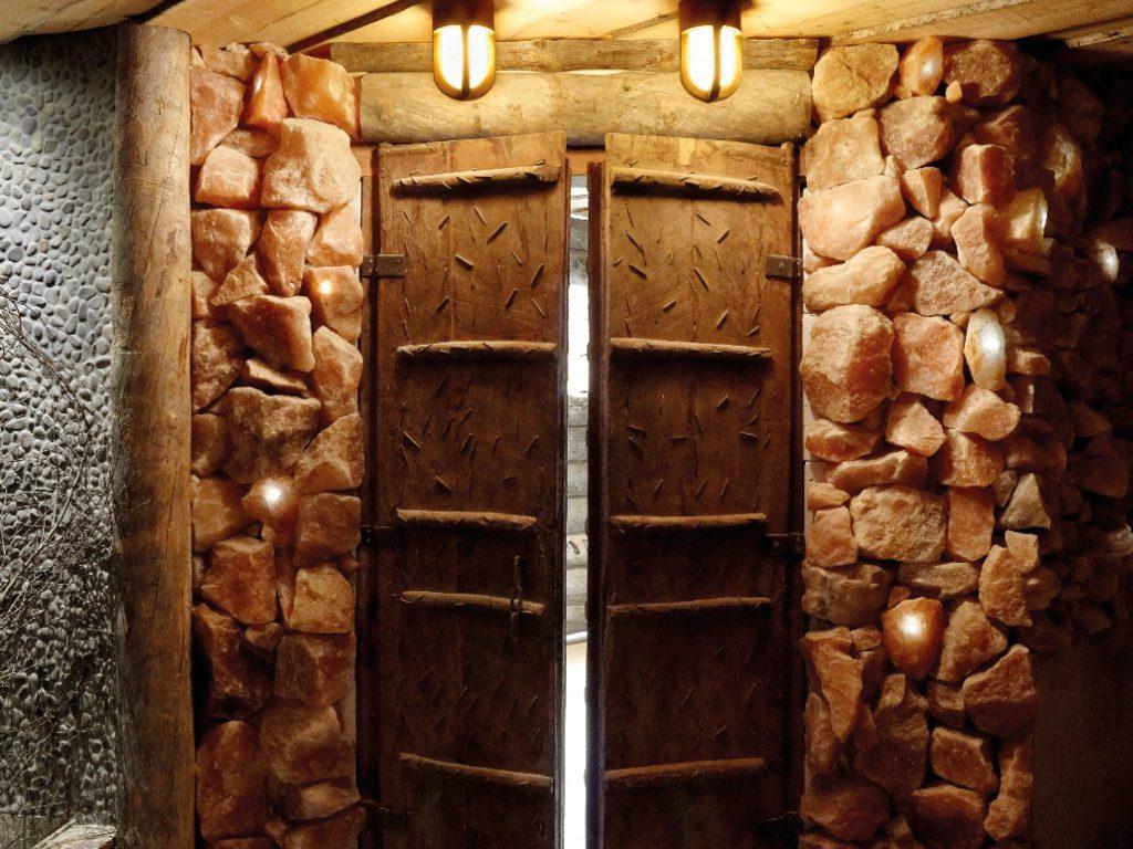 Een heerlijke sauna, de zoutgrot sauna van Fort Resort Beemster.