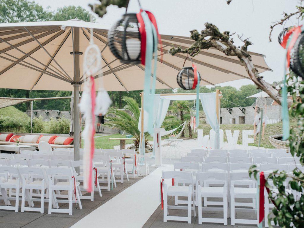 Het Poterne terras van Fort Resort Beemster is ook officieel trouwlocatie. Een prachtige plek vlakbij Amsterdam.