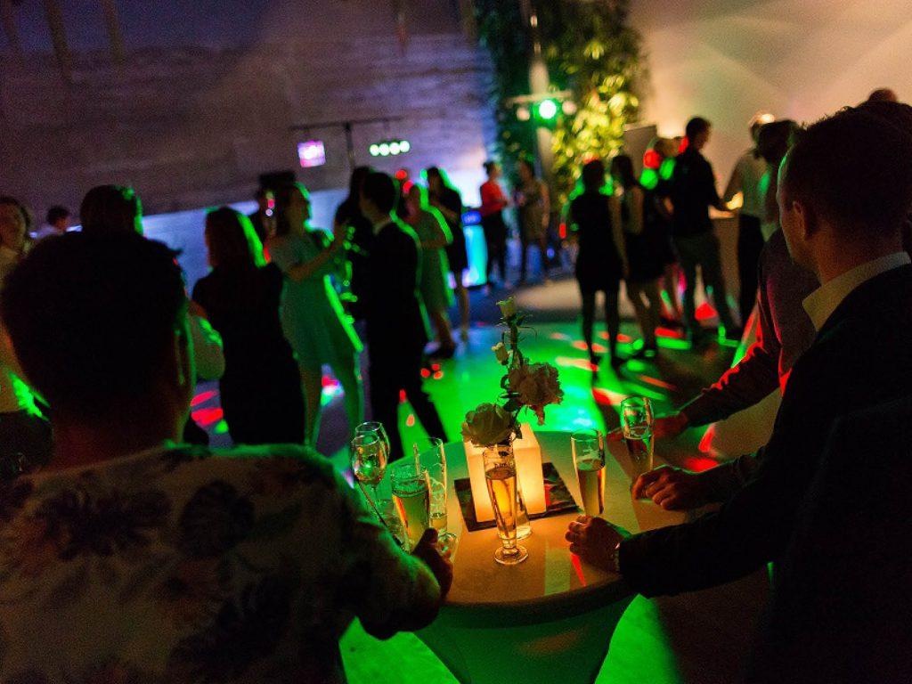 Voor zowel particulier als zakelijke feesten is Fort Resort Beemster een prachtige locatie.